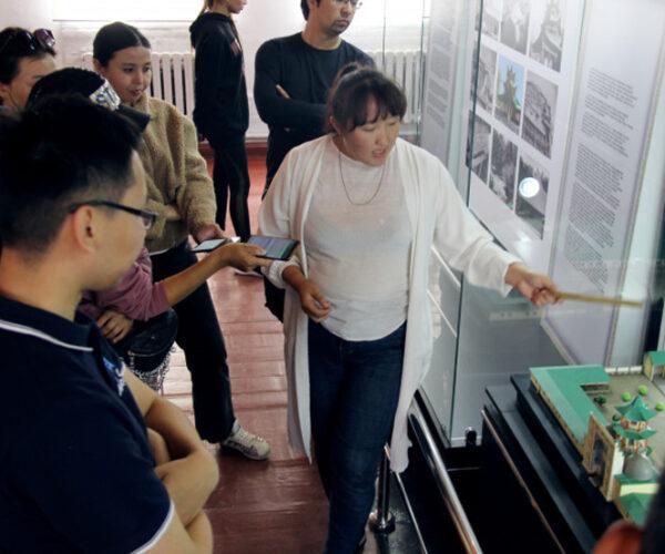 Как проводится работа по развитию туризма в Алматинской области